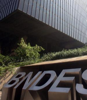 O BNDES retoma regras de CREDENCIAMENTO de Módulos e Geradores (Kit) Fotovoltaicos usados nos sistemas solares de Geração Distribuída.