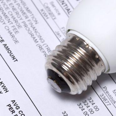 Governo estuda utilizar recursos de P&D para subsidiar 100% das contas de energia da tarifa social