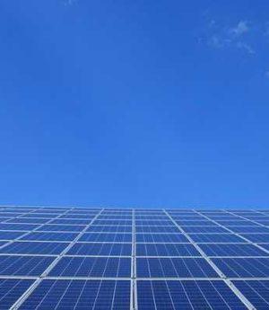 QUANDO O VALOR DE UMA LATINHA DE REFRIGERANTE, É MOTIVO PARA TAXAÇÃO DA ENERGIA SOLAR.